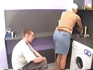 milf hardcore (BD) Mom Needs To Finish The Dishes!