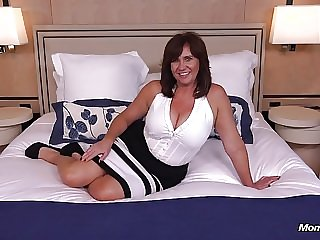 old & young milf Thick busty Cougar MILF loves young cock