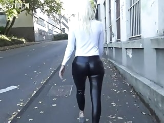 blonde amateur Lara CumKitten - SPERMAWALK AND LEGGINGSWALK